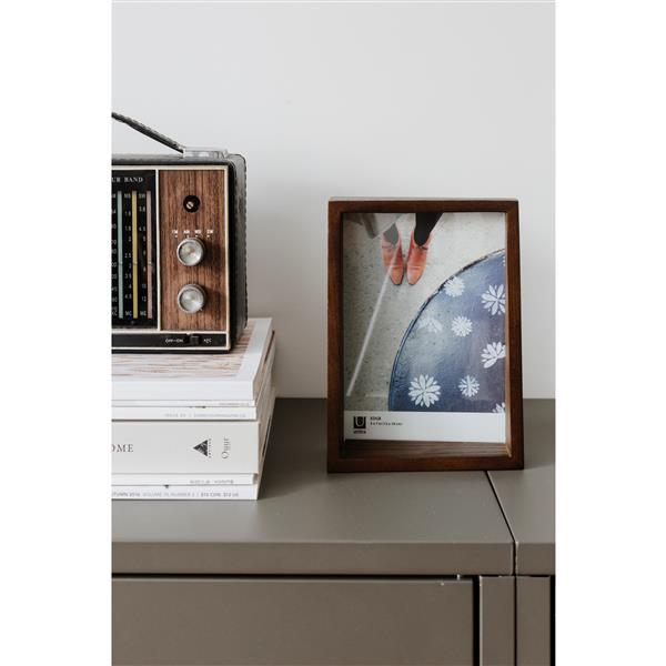 Umbra 4 x 6 Aged Walnut Edge Picture Frame