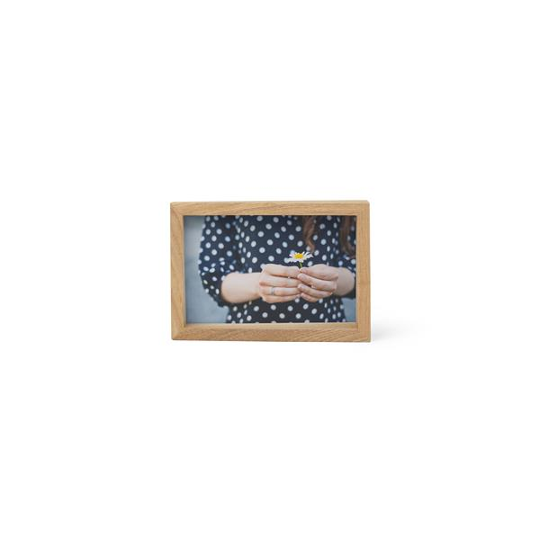 Umbra 4 x 6 Natural Wood Edge Picture Frame