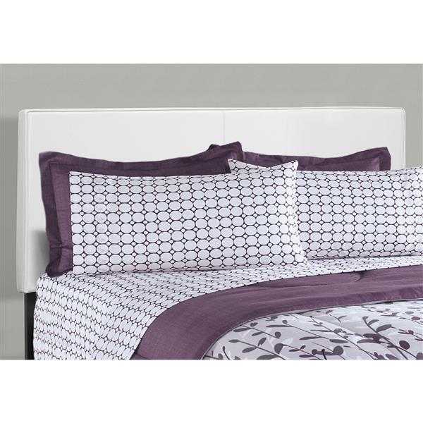 Monarch Bed - White - 85.65-in x 64.25-in - Queen