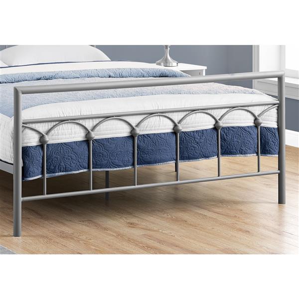 Monarch Specialties Silver Metal Frame 83.50-in x 62.25-in Queen Bed