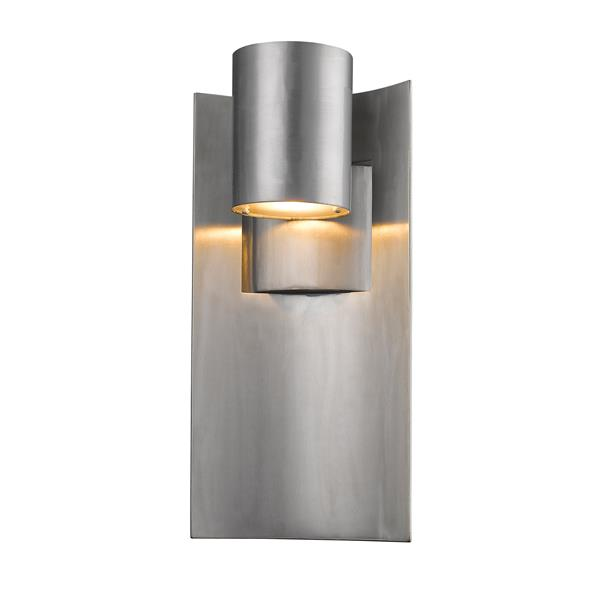 Z-Lite Amador 14.75-in Silver Outdoor Sconce
