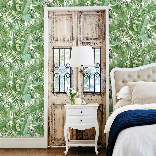 A-Street Prints 57 sq ft Green Alfresco Palm Leaf Wallpaper