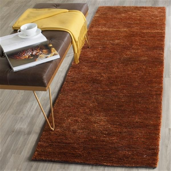 Safavieh Bohemian 30-in Rust Runner