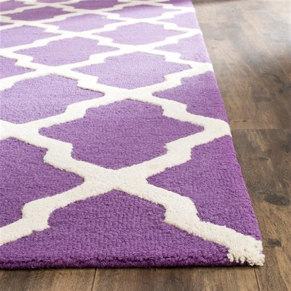 Safavieh Cambridge Purple and Ivory Area Rug,CAM121K-5