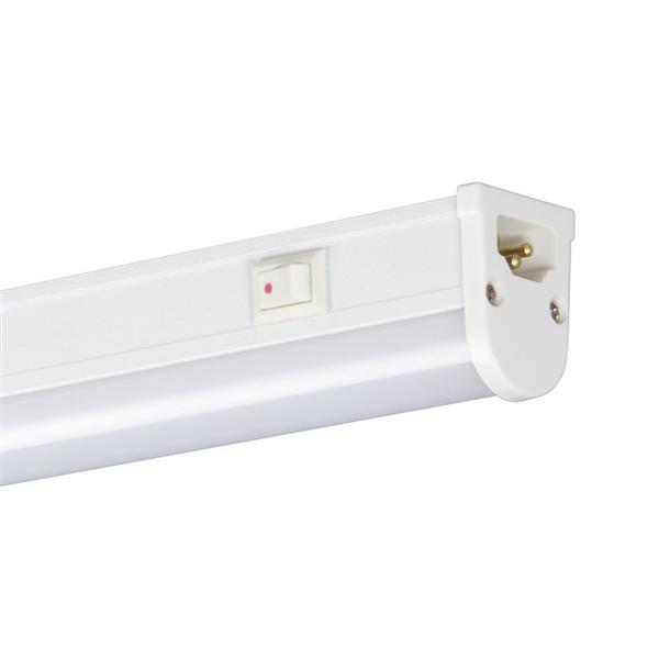 Galaxy 22.625-in Hardwired Plug-in Under Cabinet LED Strip Light