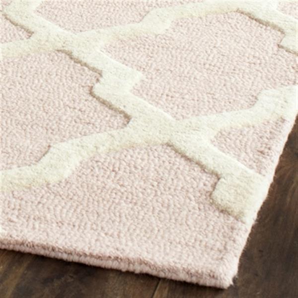 Safavieh Cambridge Light Pink and Ivory Area Rug,CAM121M-8