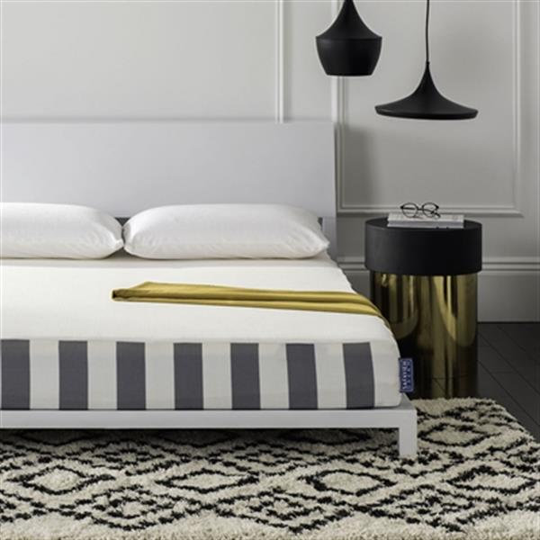 Safavieh 75-in x 54-in Embrace 8-in Luxury Foam Dream Mattress
