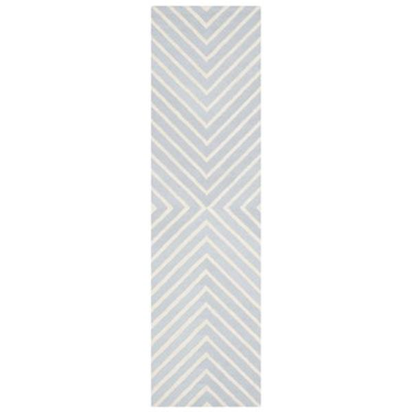 Safavieh Cambridge 30-in. Light Blue/Ivory Runner