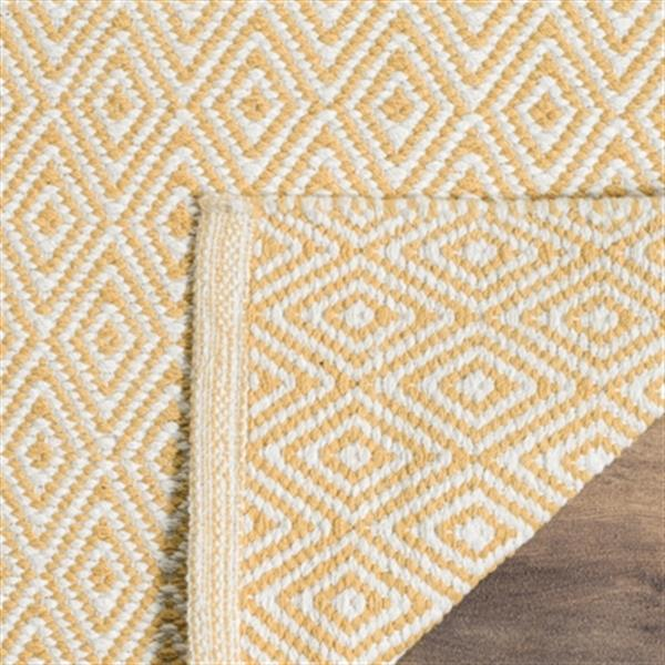 Safavieh Montauk Flat Weave Ivory and Gold Area Rug,MTK515K-