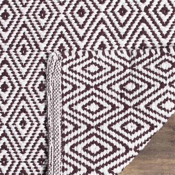 Safavieh Montauk Flat Weave Ivory and Chocolate Area Rug,MTK