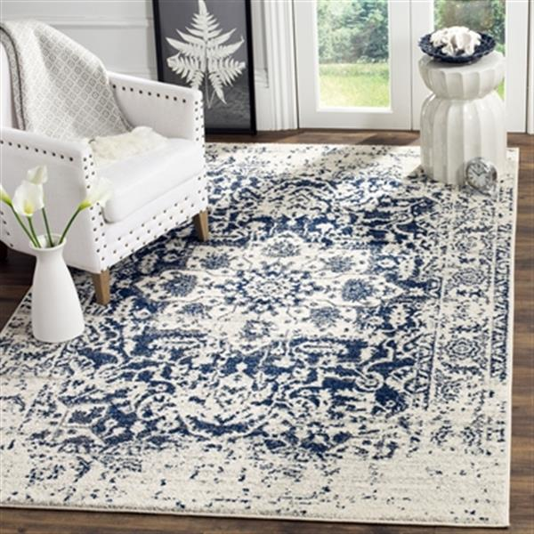 Safavieh Madison Cream and Navy Area Rug,MAD603D-222