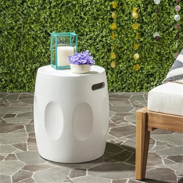 Safavieh 17.70-in Ivory Zuri Concrete Outdoor Accent Table