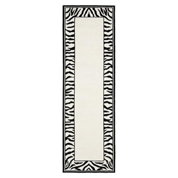 Safavieh Chelsea 30-in. White/Black Runner