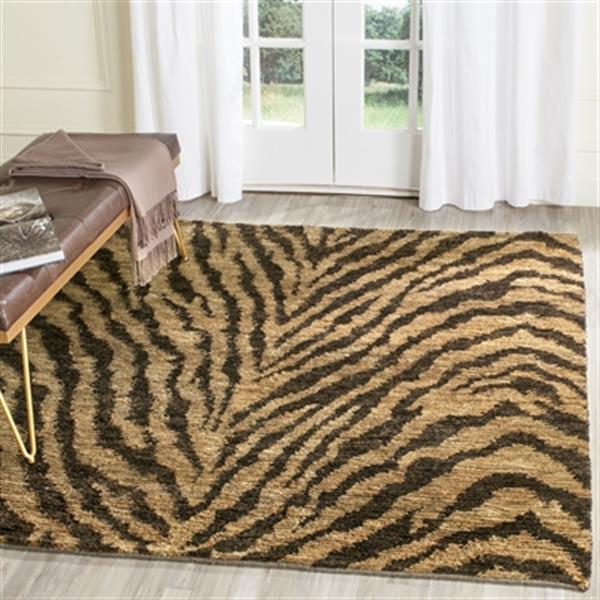 Safavieh BOH224A Bohemian Tiger Print Area Rug, Natural / Bl