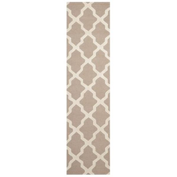 Safavieh Cambridge 30-in. Beige/Ivory Runner