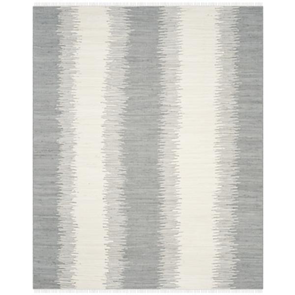 Safavieh Montauk 8-ft x 10-ft Grey Area Rug