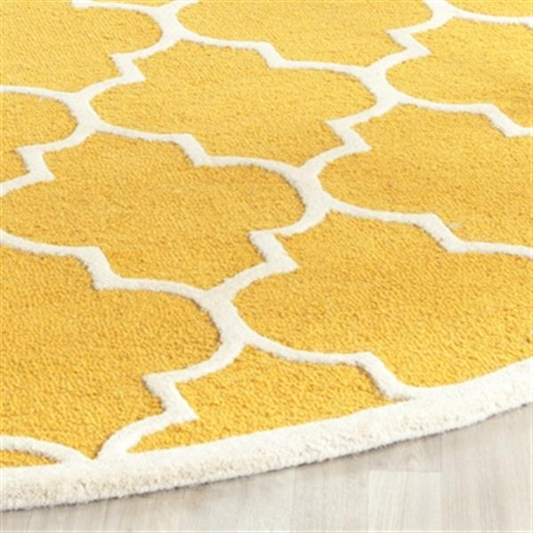 Safavieh Cambridge 72-in Round Gold and Ivory Rug
