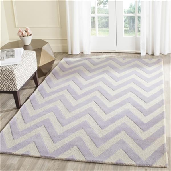 Safavieh Cambridge 5-ft x 8-ft Lavender and Ivory Area Rug