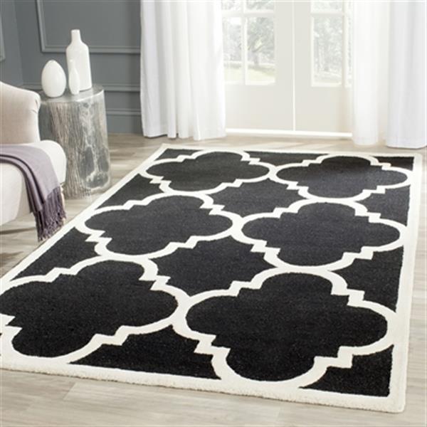 Safavieh Cambridge 5-ft x 8-ft Black and Ivory Rectangular Trellis Area Rug