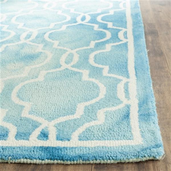 Safavieh Dip Dye 5-ft x 8-ft Hand-Tufted Wool Turquoise and Ivory Area Rug