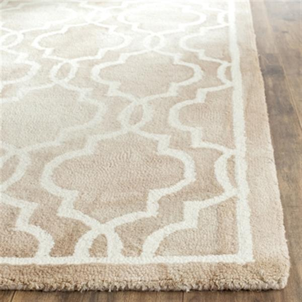 Safavieh Dip Dye 5-ft x 8-ft Hand-Tufted Wool Beige and Ivory Area Rug