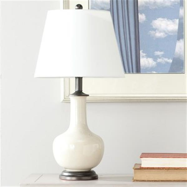 Safavieh 23.50 Cream Victor Table Lamp (Set of 2)