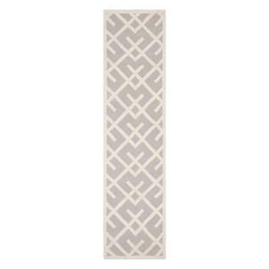Safavieh Dhurries 30-in Grey/Ivory Runner