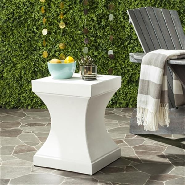 Safavieh Curby 17.70-in Ivory Concrete Outdoor Accent Table