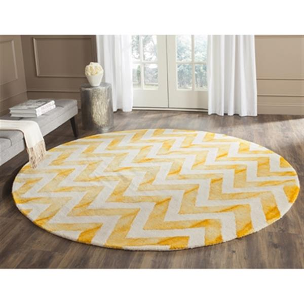 Safavieh Dip Dye 4-ft x 6-ft Chevron Hand-Tufted Wool Ivory and Gold Area Rug