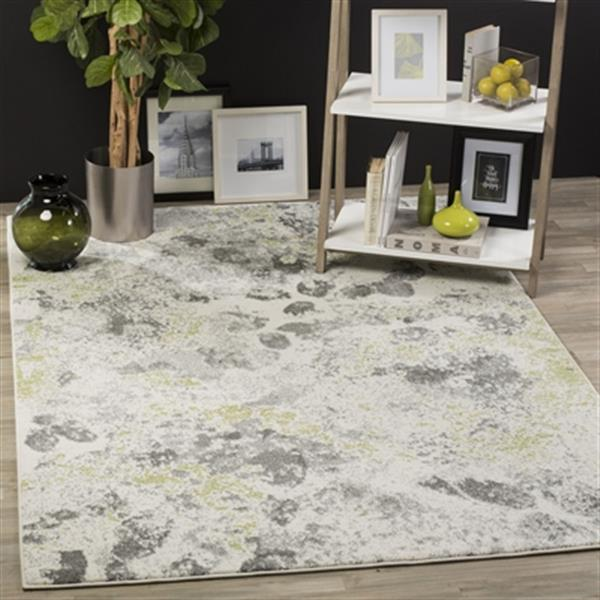 Safavieh Watercolour 7.5-ft x 5.25-ft Ivory and Grey Indoor Area Rug