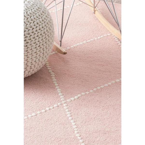 nuLOOM Elvia 5-ft x 8-ft Pink Rectangular Indoor Handcrafted Kids Area Rug