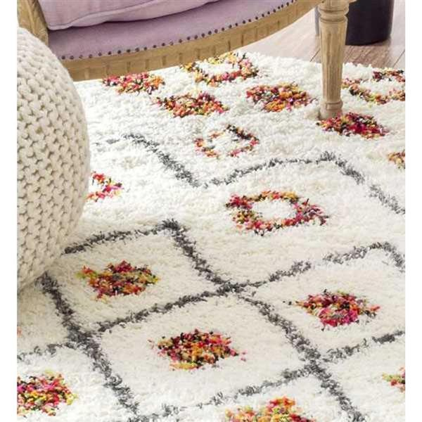 nuLOOM Cicley 5-ft x 7-ft White Handcrafted Kids Area Rug
