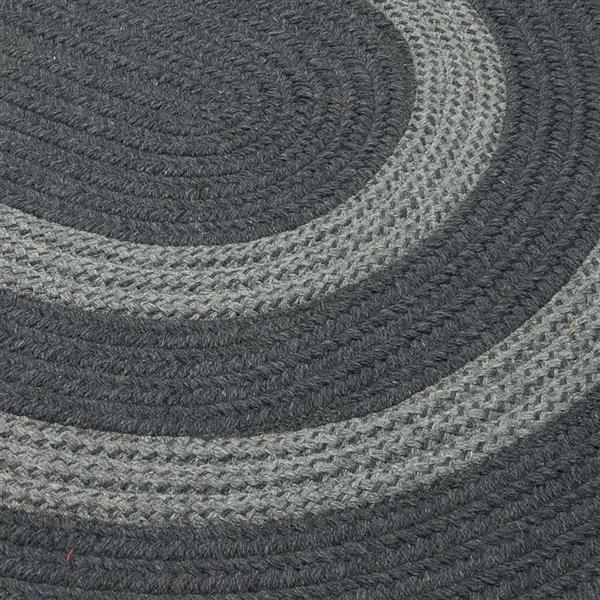 Colonial Mills Graywood 5-ft x 6-ft Charcoal Round Area Rug