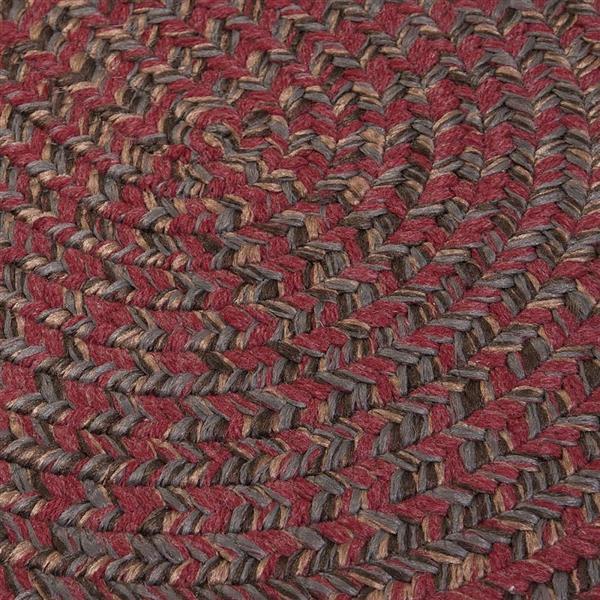 Colonial Mills Hayward 7-ft x 9-ft Oval Berry Indoor Area Rug