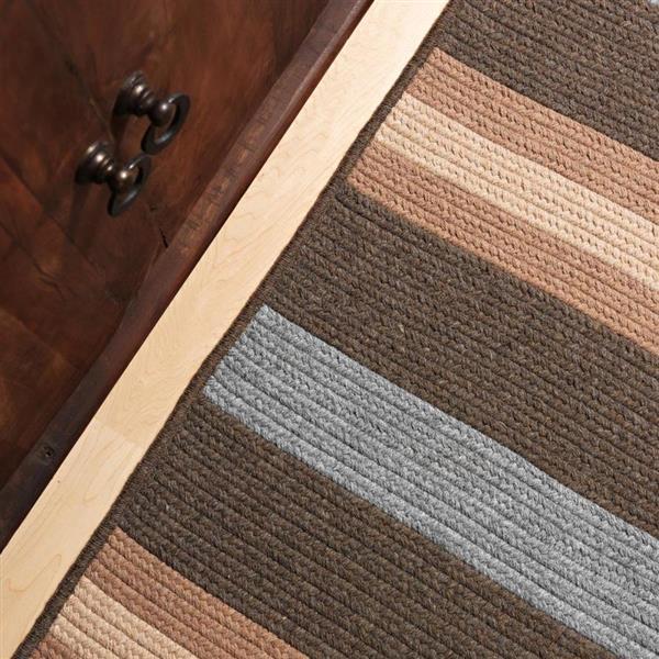 Colonial Mills Salisbury 8-ft x 8-ft Square Indoor Bark Area Rug