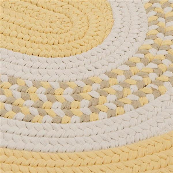Colonial Mills Flowers Bay 7-ft x 9-ft Yellow Oval Area Rug
