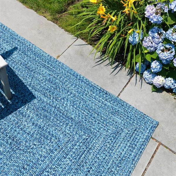 Colonial Mills Catalina 4-ft x 6-ft Blue Wave Area Rug