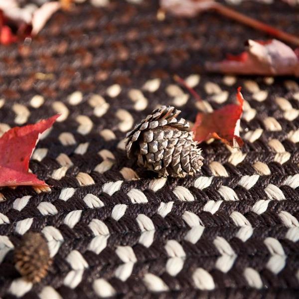 Colonial Mills Deerfield 6-ft x 6-ft Seal Brown Area Rug