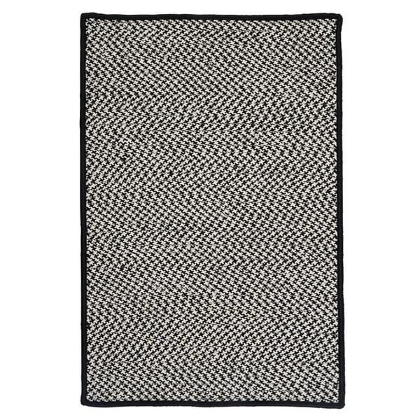 Colonial Mills Outdoor Houndstooth Tweed 4-ft x 6-ft Black Area Rug