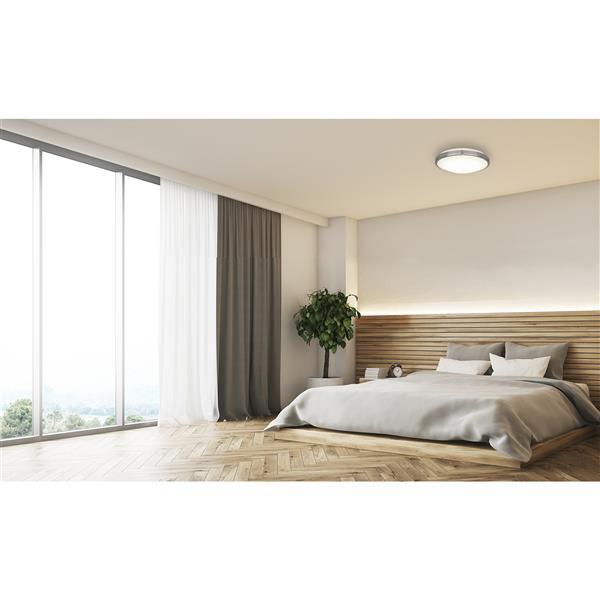 Bazz Integrated 11-in Brushed Chrome LED  Flush Mount Celiling Light
