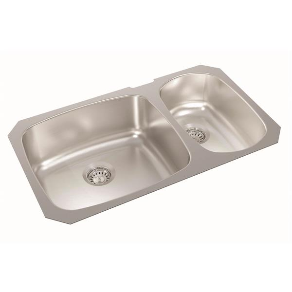 Wessan Stainless Double 1-1/2 Undermount Sink - 18-in x 31-in x 8-in & 7-in