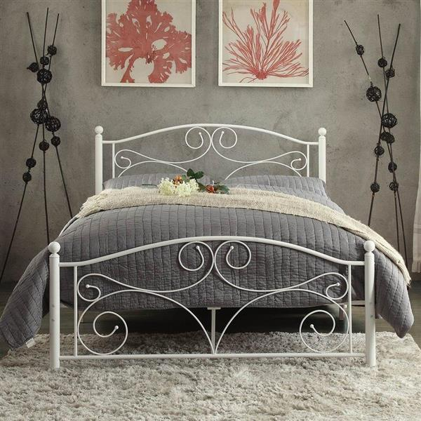 Homelegance White Full Platform Bed
