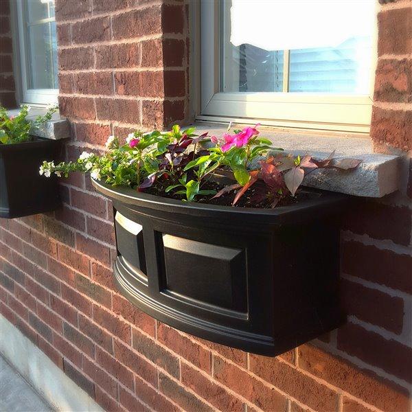 Mayne Nantucket 2-ft Window Box - Black