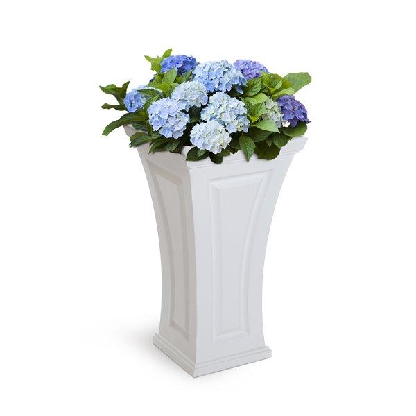 Mayne Cambridge 28-in  Planter - White