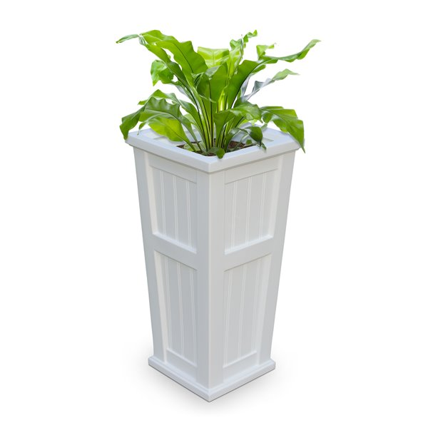 Mayne Cape Cod 32-in Tall White Planter