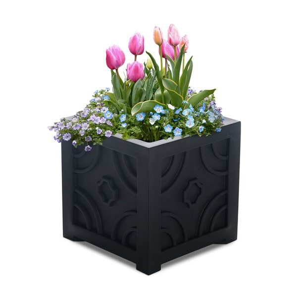 Mayne Savannah Patio Planter - 16-in x 16-in - Black