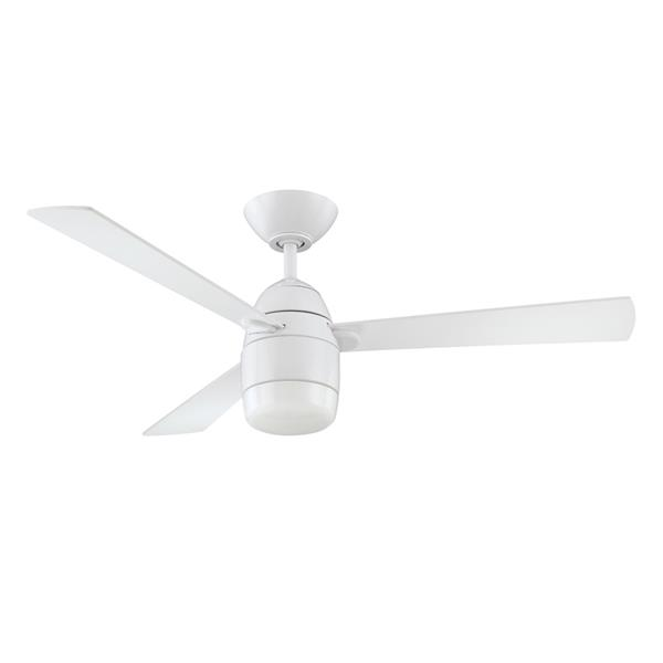 Kendal Lighting Antron 42-in White 3 Blade Indoor Ceiling Fan with Light Kit and Remote