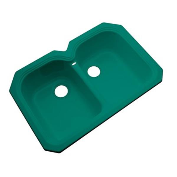 Dekor Waterford 33-in x 22-in Verde Undermount Double Bowl Kitchen Sink