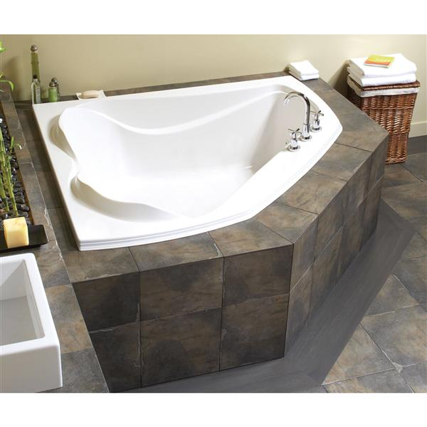 MAAX Cocoon 54-in x 59.75-in White Acrylic  Bathtub  with  Center Drain