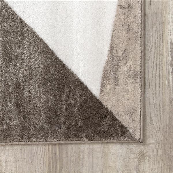 Tapis Platinum triangles de Kalora, 8' x 11', rouge